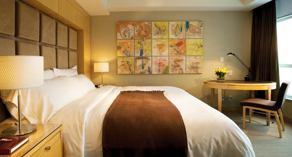 SoHo Metropolitan Hotel Toronto - guest rooms and luxury hotel suites